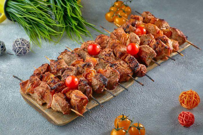 Шашлычок из свинины с вялеными томатами, фото